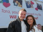 The romantic who surprised his girlfriend with a proposal that stopped traffic