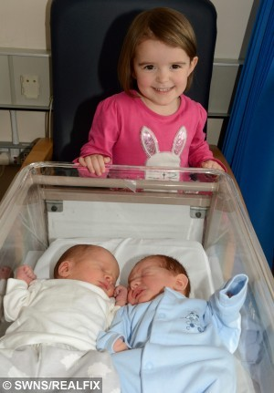 SWNS_HIGGS_TRIPLETS_01