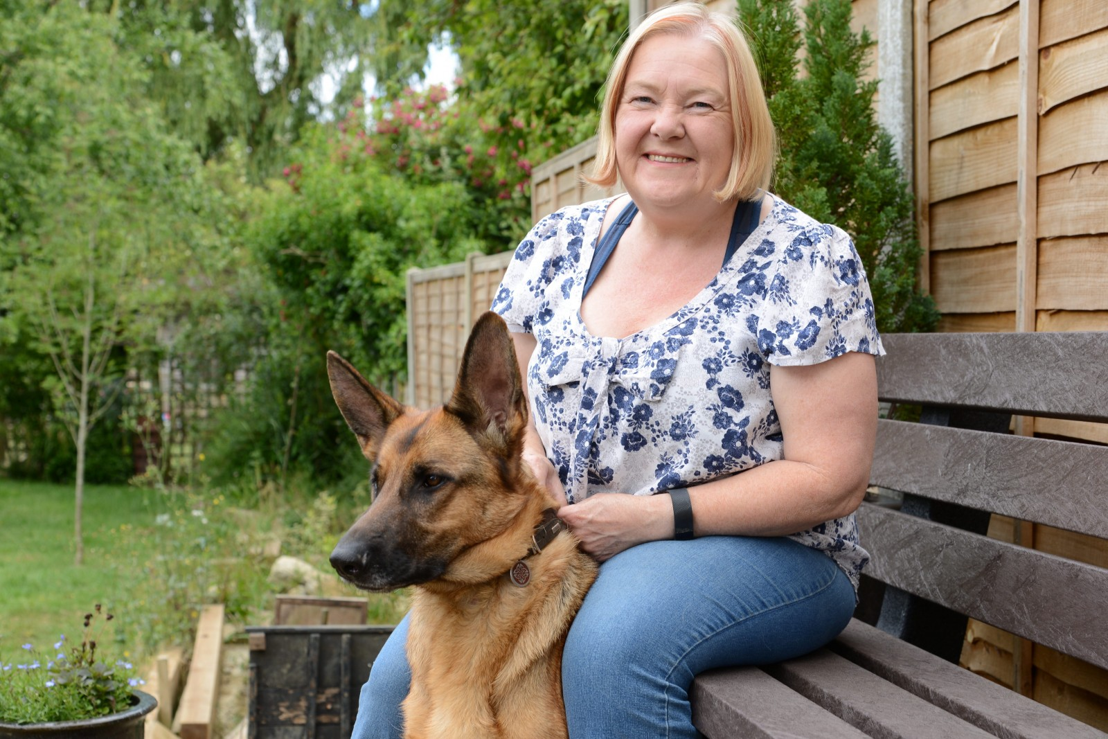 Diagnosed by my dog! Pet detects owner's deadly disease with a SNIFF
