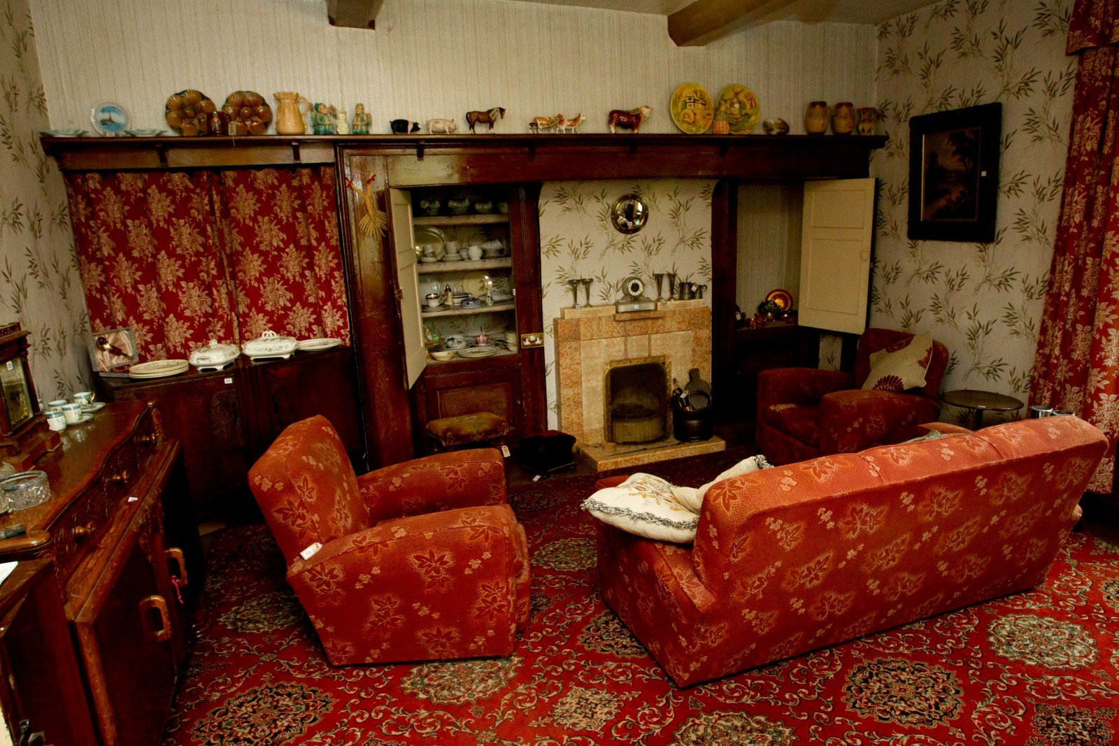 Love it or hate it? The timewarp house unchanged since the 1940s