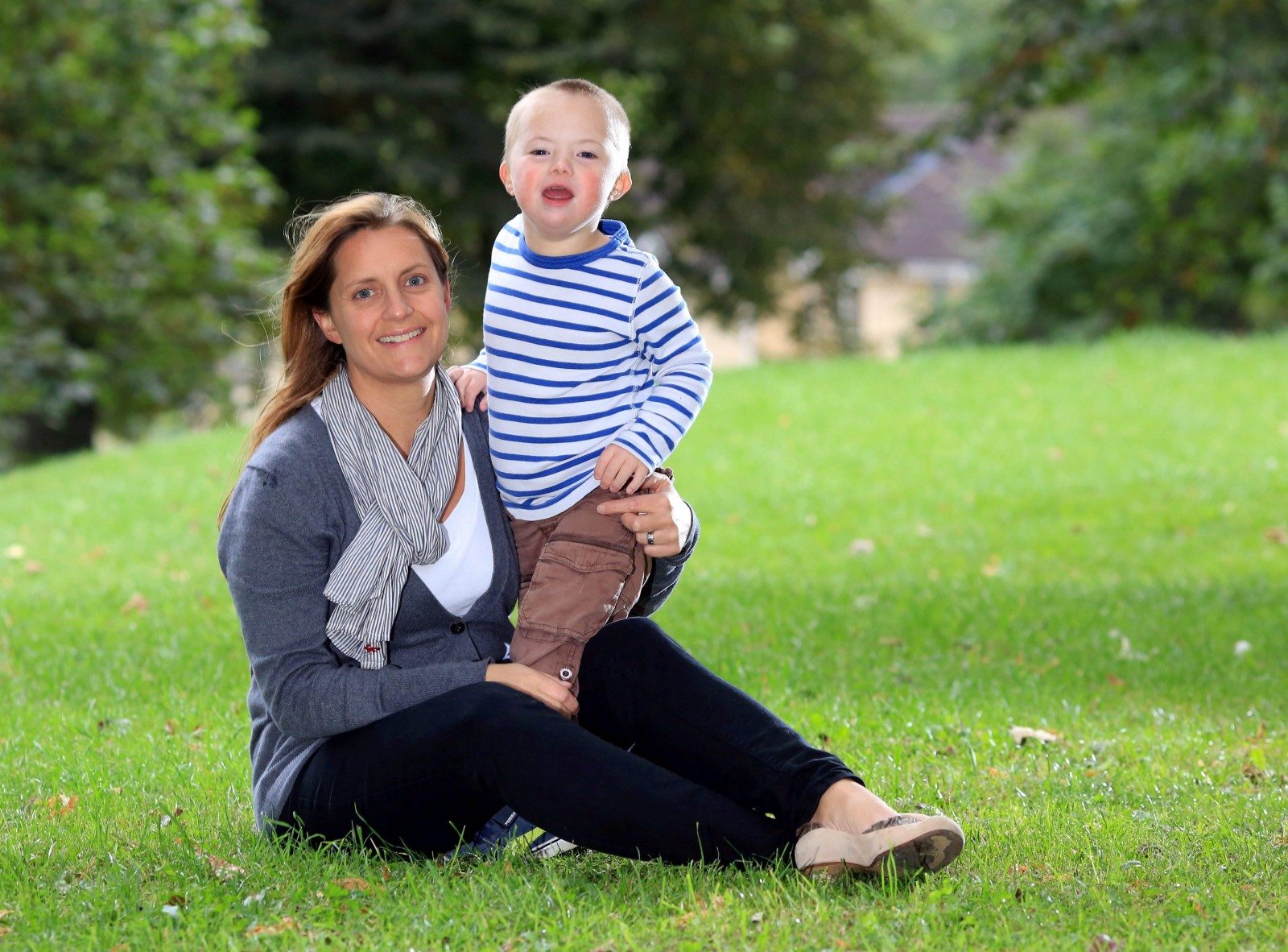 A mum's heartfelt 'thank you' to shop assistant who comforted her special little boy