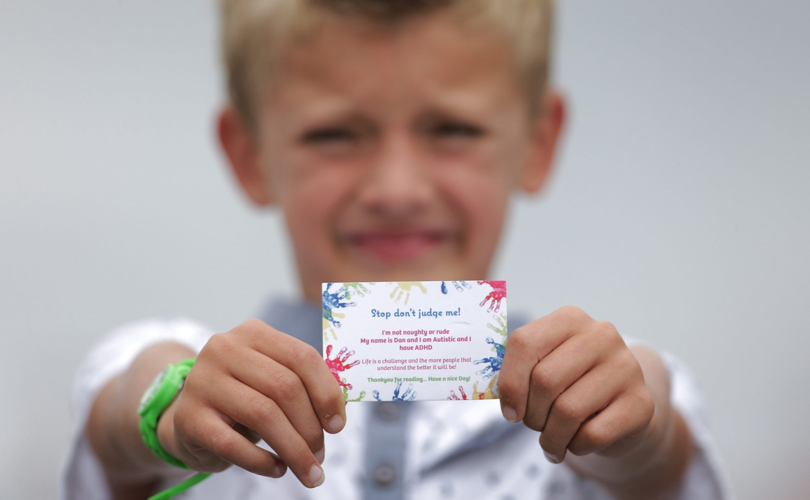 Don't judge me! Autistic eight-year-old boy creates cards to explain behaviour to strangers