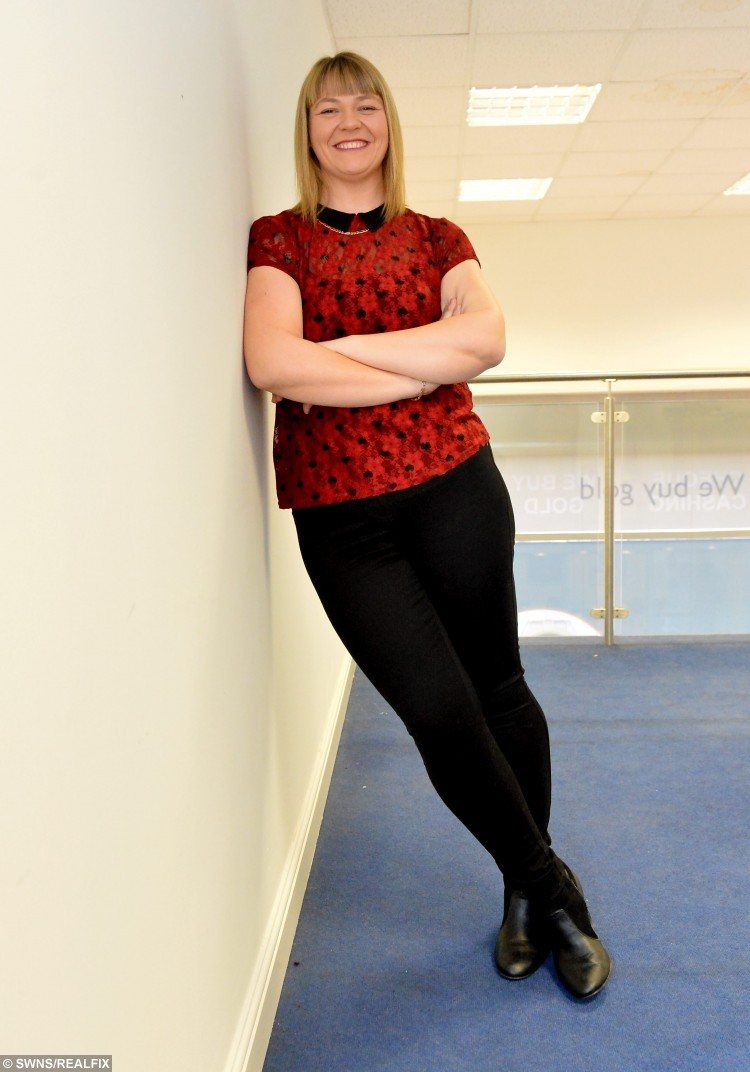 Pictured -Debbie Allmark. See News Team copy NTISLIMMER A super-slimming mum who weighed more than 25 STONE shed half her bodyweight - after she was told she was too HEAVY to complete her lifelong ambition of skydiving. Debbie Allmark tipped the scales at a hefty 26 stone at her heaviest and her weight was damaging her health.