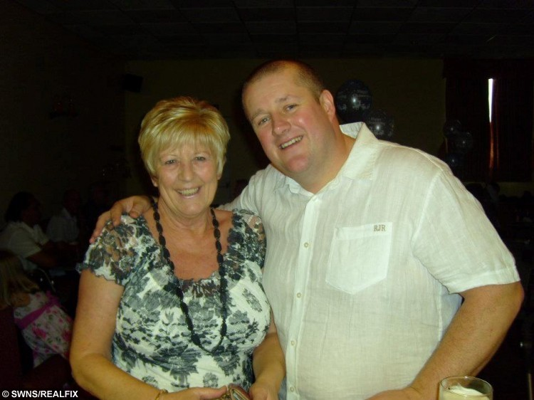 Gavin Preston from Walton Le Dale, Lancs., with his late mum Irene Pounder. Gavin lost 6 stone so that he could sky dive out of a plane, 9 September 2015. See Ross Parry Copy RPYDIVE : A takeaway-gorging cabbie shed more than six stone so that he could throw himself out of a plane in honour of his late mum. Gavin Preston, 42, was told he was too fat to complete a charity skydive to raise money for the hospice where his beloved mother was cared for before she died of cancer. But not wanting to let her down, he turned his life around, and bravely took to the skies on Saturday.