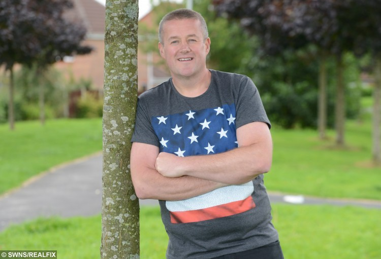 Gavin Preston from Walton Le Dale, Lancs., lost 6 stone so that he could sky dive out of a plane, 9 September 2015. See Ross Parry Copy RPYDIVE : A takeaway-gorging cabbie shed more than six stone so that he could throw himself out of a plane in honour of his late mum. Gavin Preston, 42, was told he was too fat to complete a charity skydive to raise money for the hospice where his beloved mother was cared for before she died of cancer. But not wanting to let her down, he turned his life around, and bravely took to the skies on Saturday.