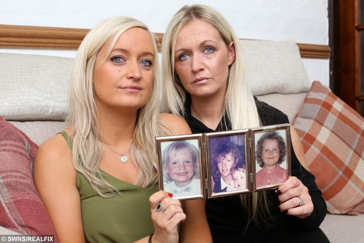 Marie Clare Wright, 31 and sister Rebecca Wright, 29, from Darlington who had their mother Clare's ashes stolen in a home burglary and are appealing for them to be returned. 17 September 2015. See Ross Parry copy RPYASHES