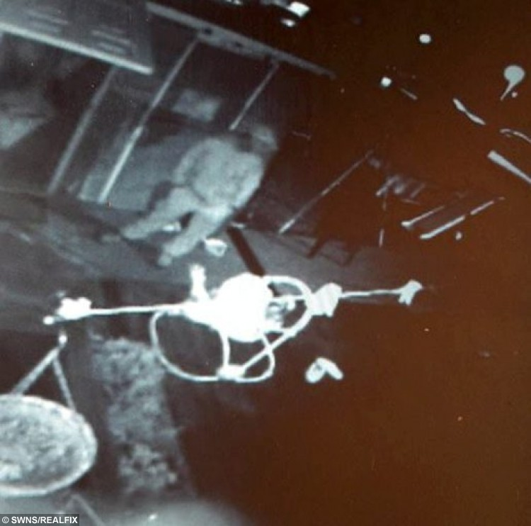 "CCTV still showing the possible thief disabled Isobelle Webbs baby walker in Hull, East Yorkshire. See Ross Parry copy RPYTHIEF : These images show the moment a callous thief was caught on camera stealing a baby bouncer from garden. The shocking images show the crook breaking into Laura Shepherd and Steven WebbÃs garden as stealing their daughter, Isobelle WebbÃs, much-loved Jumperoo. Laura, 24, said: ""I felt physically sick when I found out the Jumperoo had been stolen from my baby. ""The night before, we had a bad night with Isobelle and were all so tired, we ended up falling asleep downstairs early."