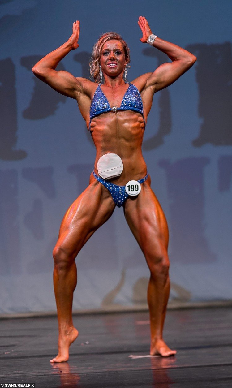 Zoey Wright Pictured Winning Her Class At First Body Building Show In Cornwall September