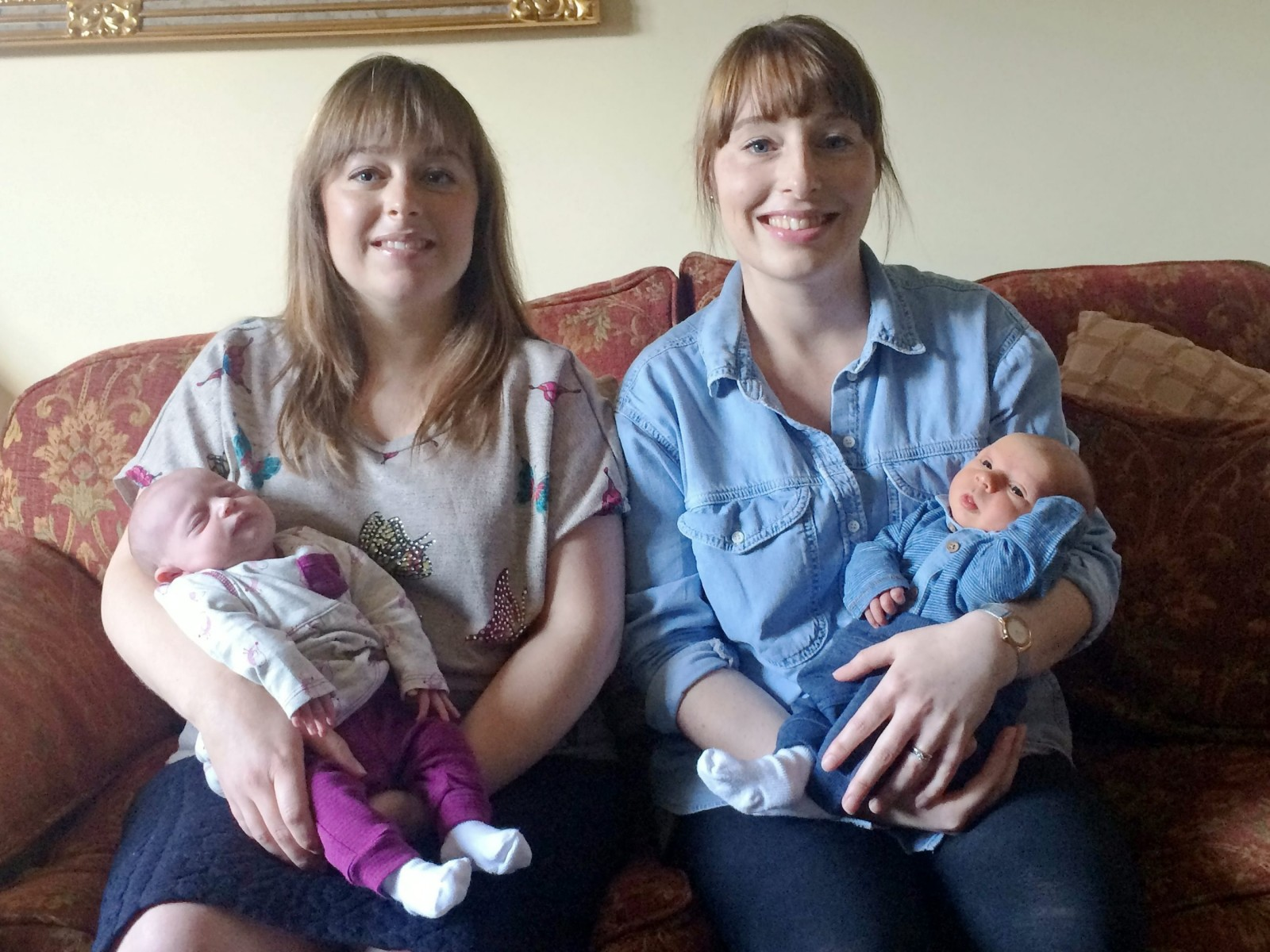 Sisters give birth on the same day and both babies weigh exactly 6lb 9oz!!