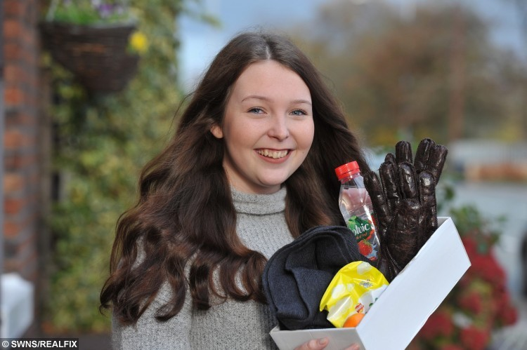 """Amy Moloney, 15, from Leyland. See Ross Parry copy RPYRAISE: A selfless teenager is on a mission to help the homeless have a very merry Christmas. Amy Moloney, 16, plans to pay for clothes and food for people on the streets over the festive period. She has set up a fundraising page for others to donate but she hopes to get out and meet the people who need her help the most. Amy, from Leyland, Lancs., said: """"I set up a Go Fund Me page and people are donating to raise money."""