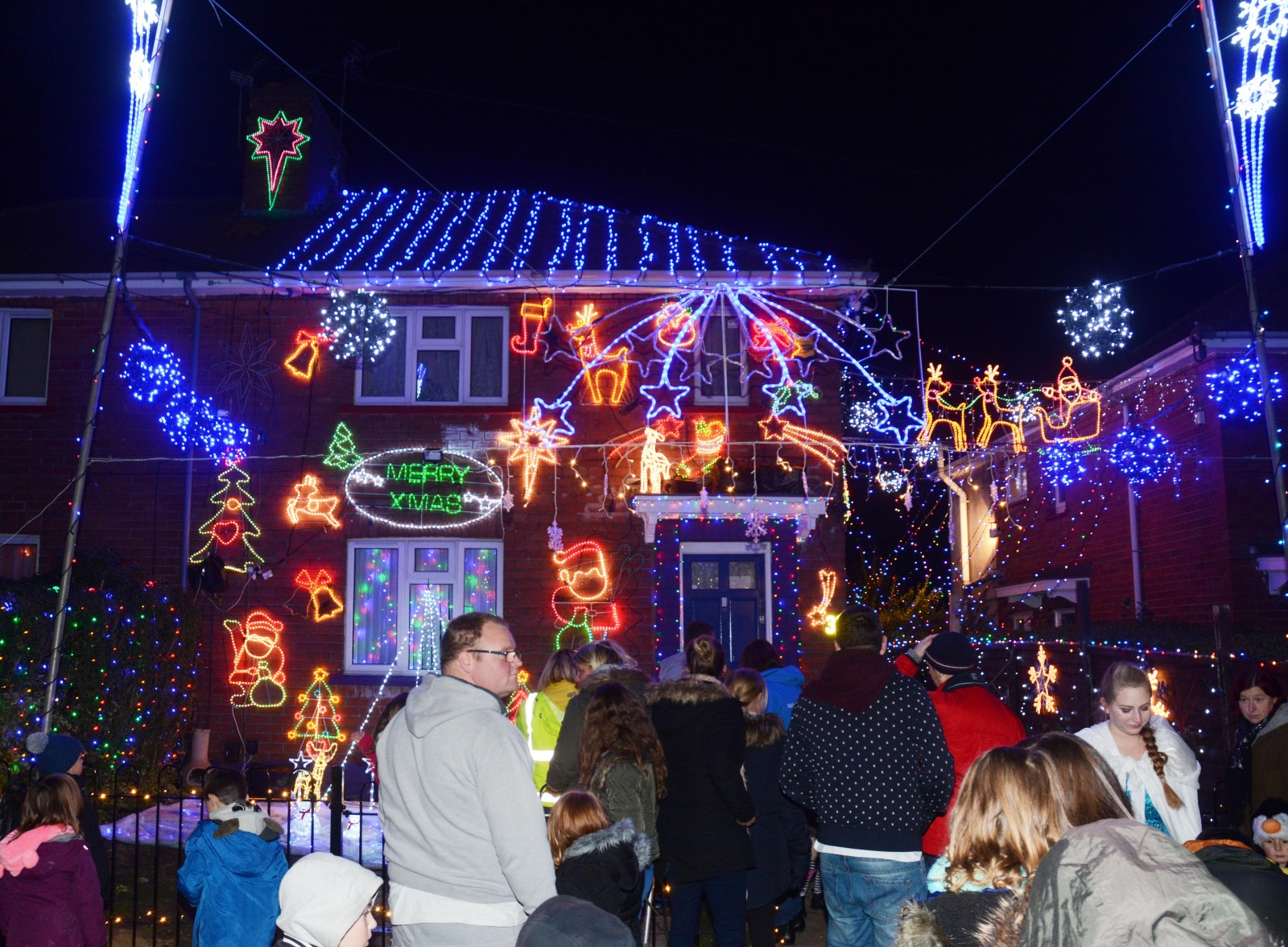 This homeowner REALLY loves Christmas!