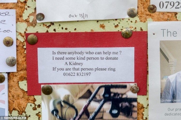 """The note in Dudley Fermor's local post office asking the local residents to help him out and to donate him a kidney. See SWNS story SWKIDNEY; A great-grandfather left a heart-warming note in his tiny village post office for a """"kind person"""" to give him a kidney - because he wants to spend more time with his wife. Dudley Fermor, 79, suffers from a Ãsmaller kidneyà and is desperate for a transplant to improve his livelihood à but is yet to find a donor. The retired agriculturalist bought a small bulletin space outside the village post office in Marden, Kent, for 50p a week to advertise his plea. The note read: ÃIs there anybody who can help me? I need a kind person to donate a kidney.Ã"""