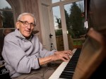 95-year-old advertises for bandmates to 'jam' with