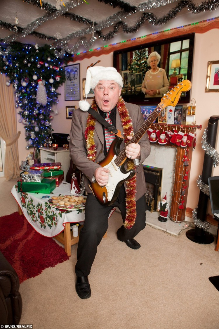 andy park aka mr christmas at his home in wiltshire where he celebrates christmas every