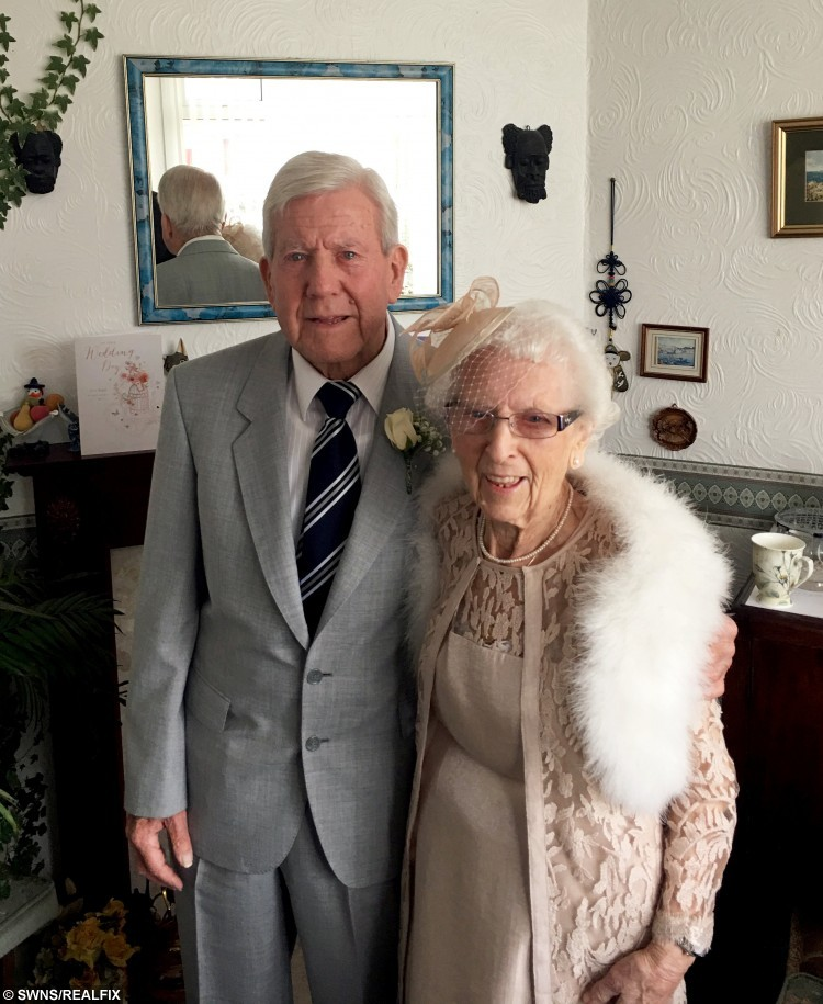 Couple become two of the world's oldest newlyweds with a ...