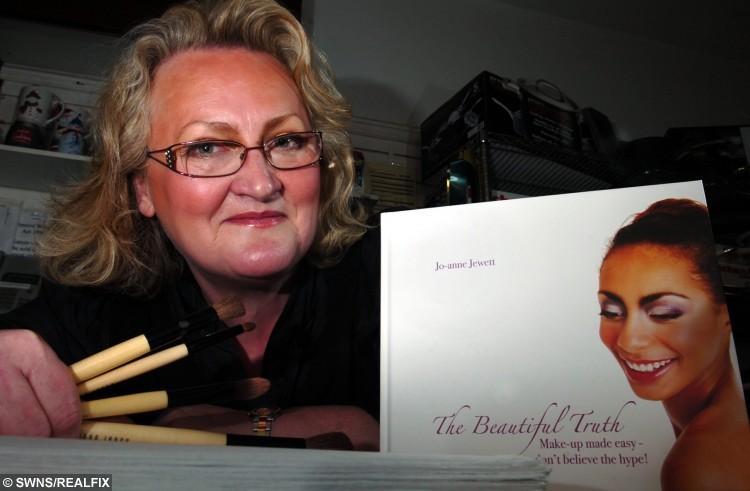 Beauty experty Jo-anne
