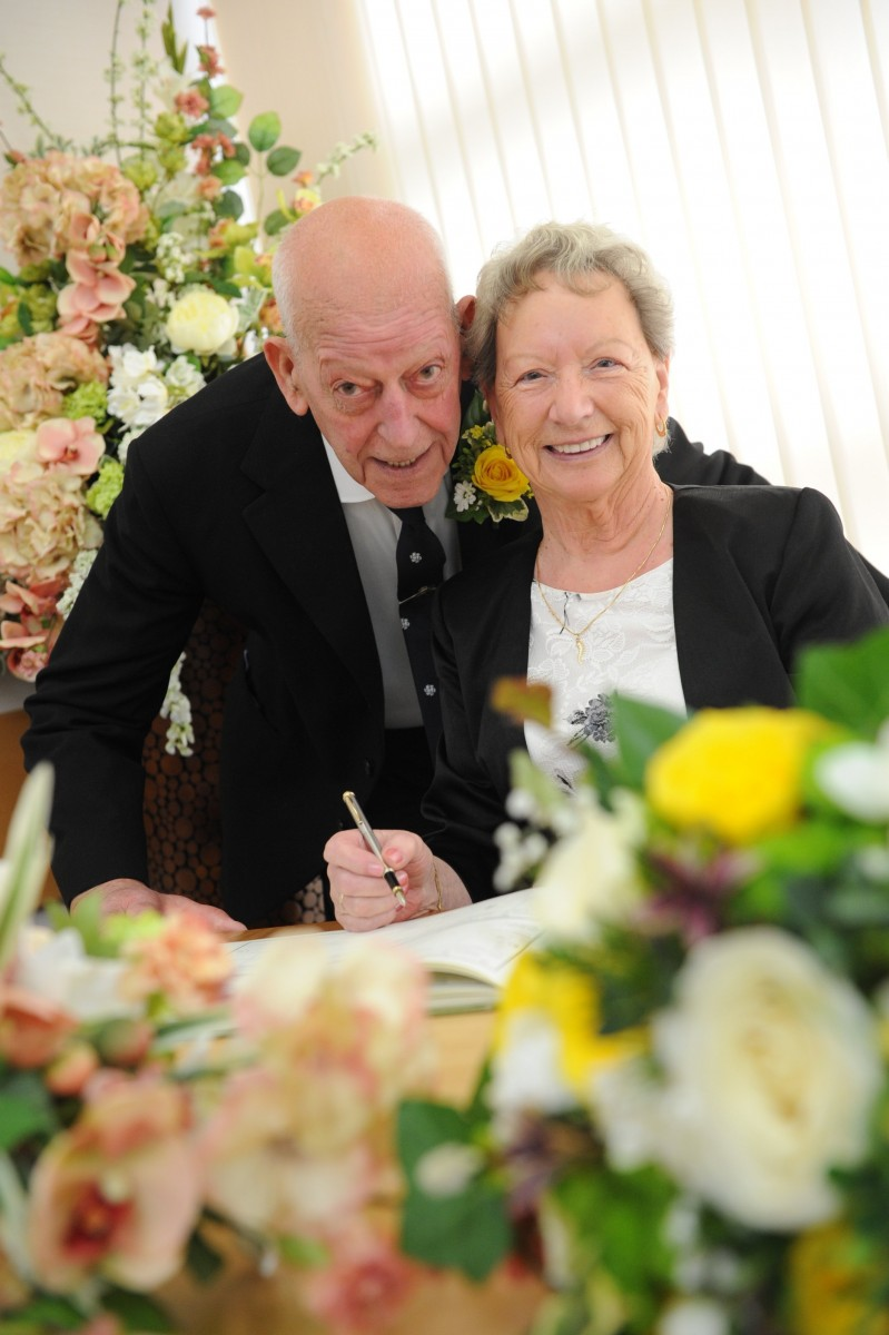 Couple with a combined age of 172 vow to spend the rest of their lives together