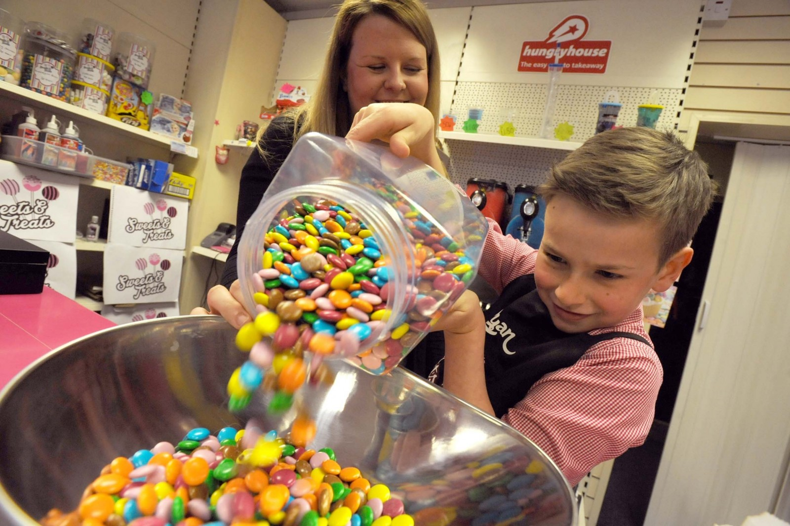 A sweet-toothed child wrote a cheeky letter to his local sweet shop asking for a job