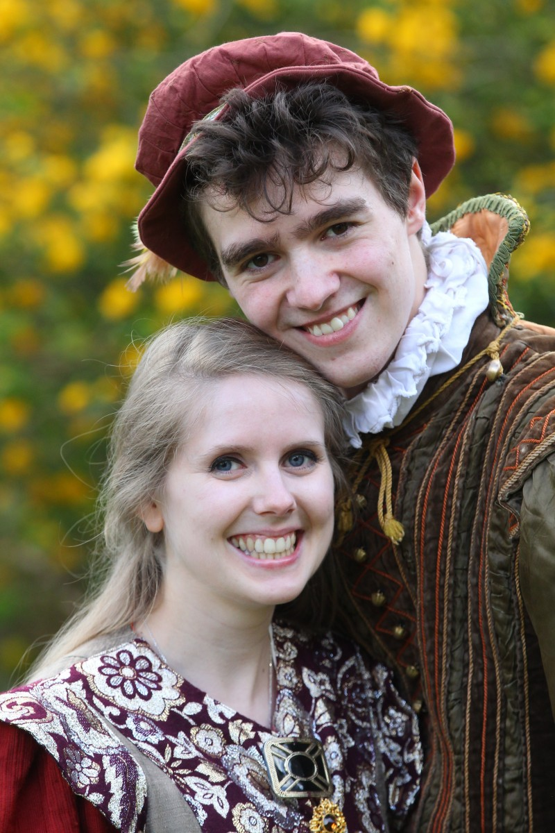 Oh my Bard! This couple who met while rehearsing a Shakespeare play have now been cast to play Romeo and Juliet.