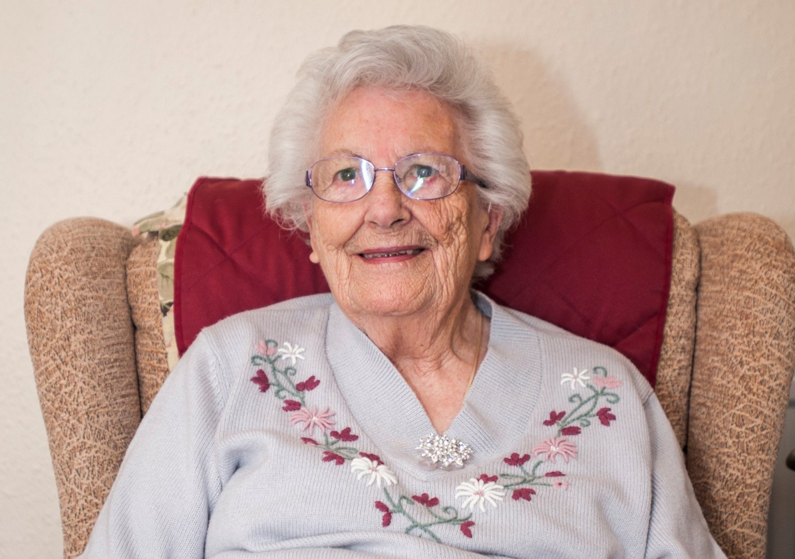 90-year-old Elizabeth celebrates her birthday on the same day as the Queen