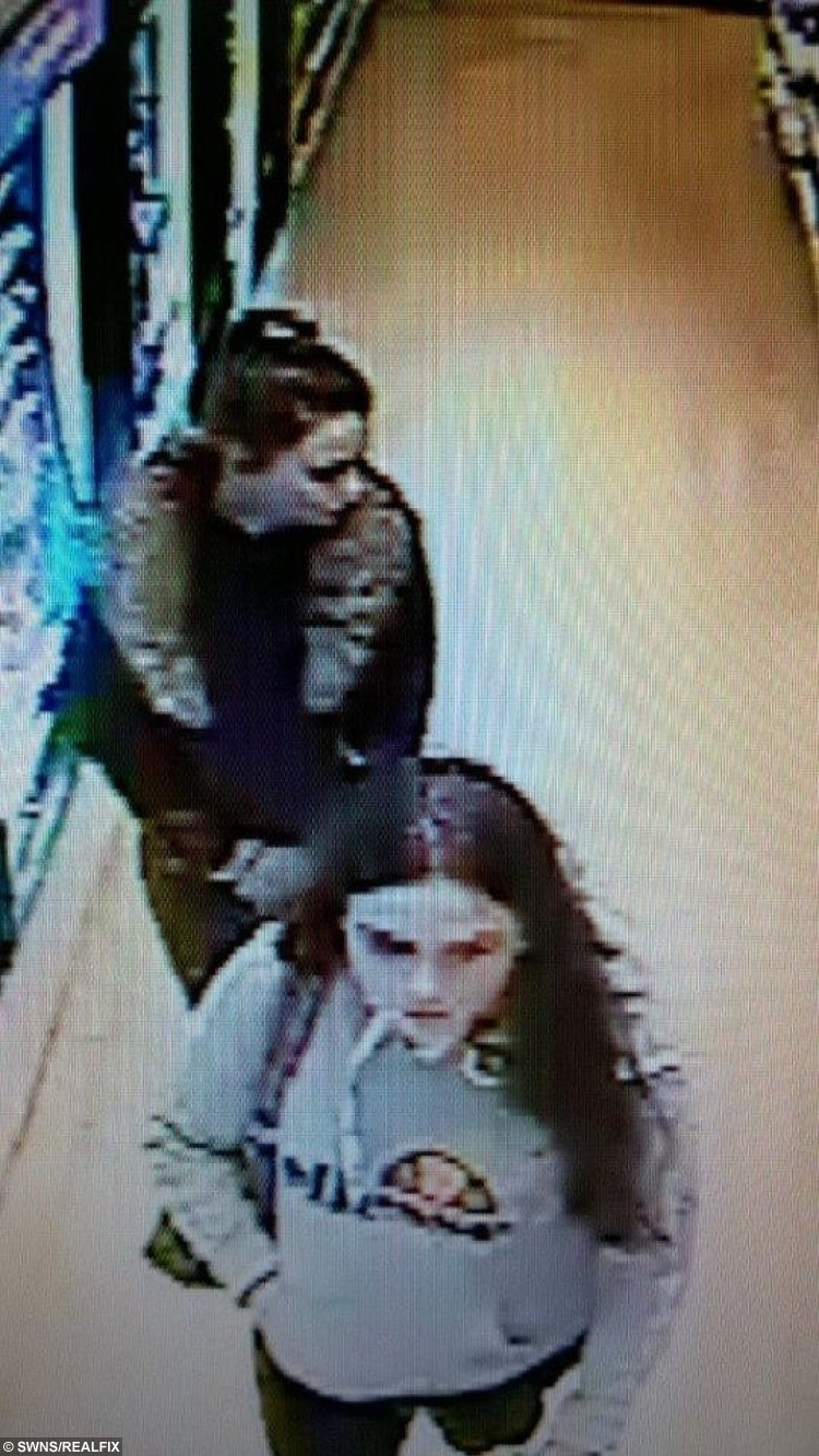 Francesca Galelli seen on CCTV (top) with friend Molly Curtis (bottom).