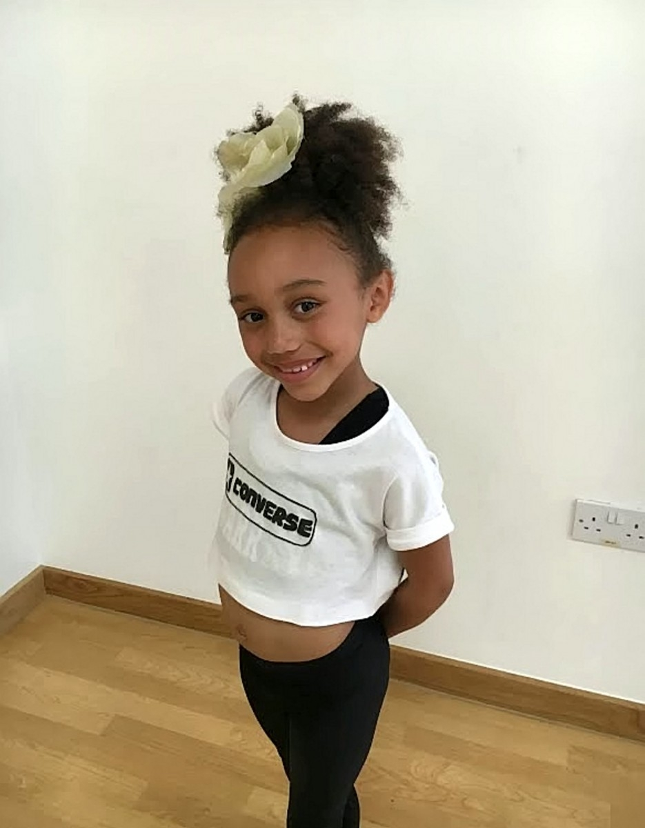 Adorable seven-years-old girl becomes internet sensation with stunning dance routine video