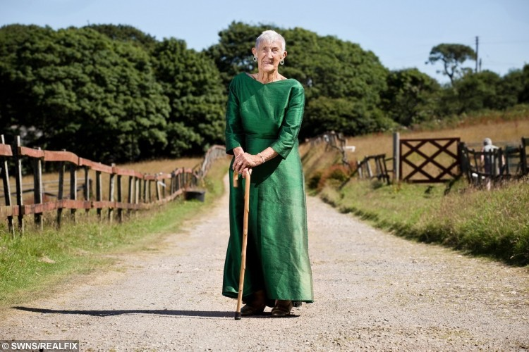101-year-old Jessie Power from Hayle, Cornwall