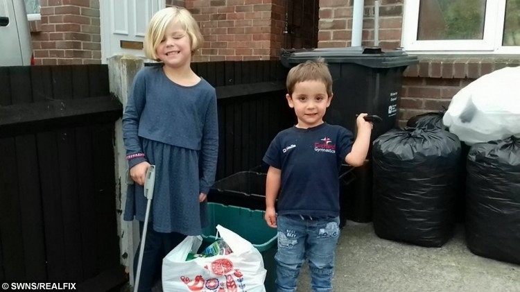 Little litter picker Florence Parsons and her littler brother Harry