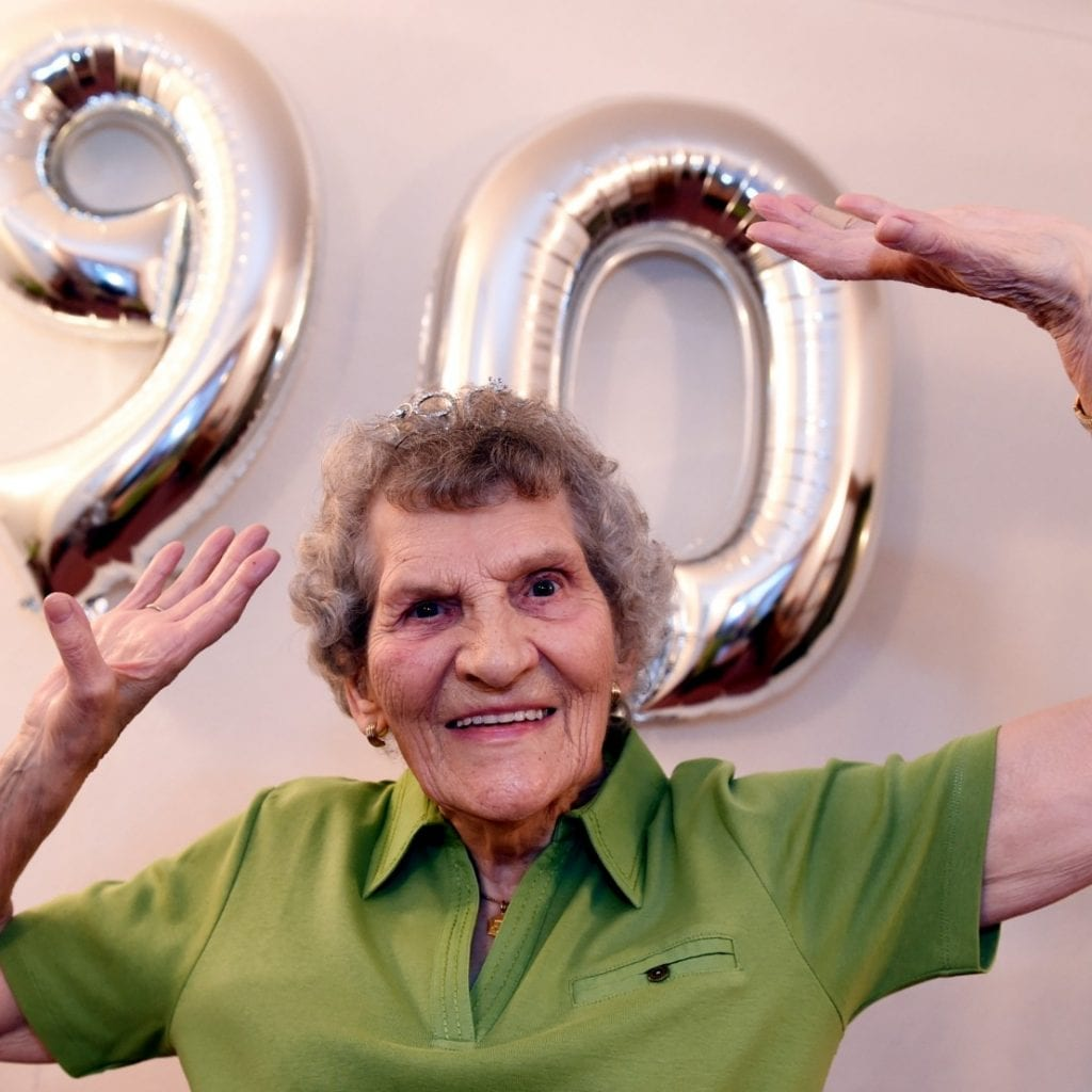 Inspiration 90-Year-Old Dancing Granny Shows No Signs Of