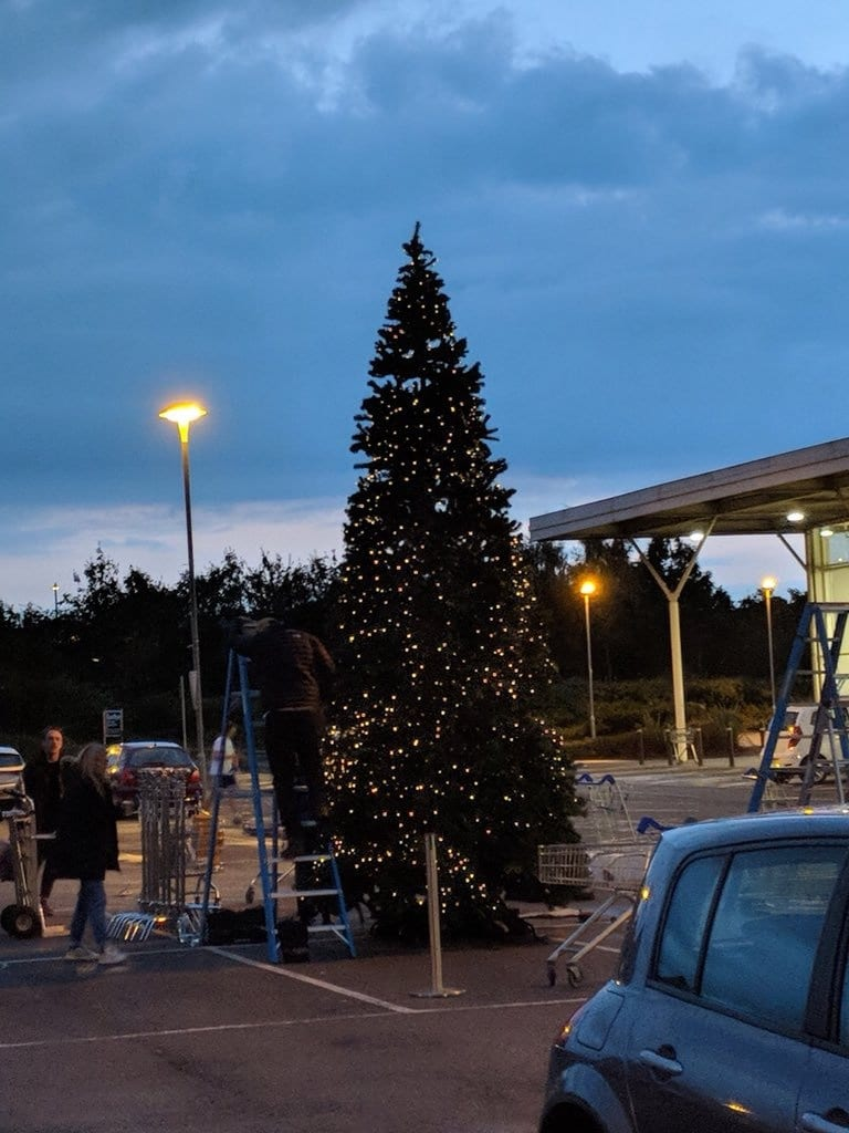 Tesco Becomes The First Supermarket To Put A Christmas Tree Up – In AUGUST