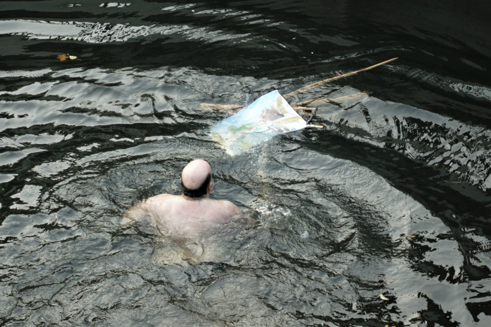 Painter Strips To Underpants And Dives Into River To Save Fellow Artist's Masterpiece