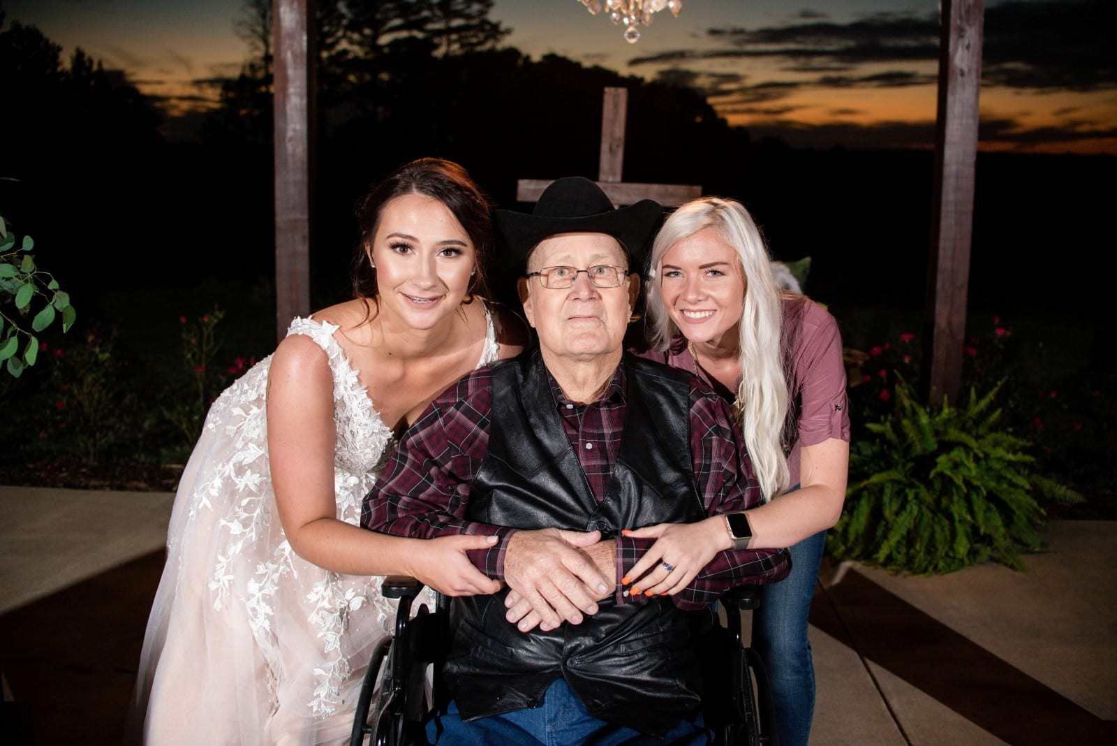 Bride Ties The Knot In Front Of Dying Granddad After Another Woman Gave Her The Venue For Free