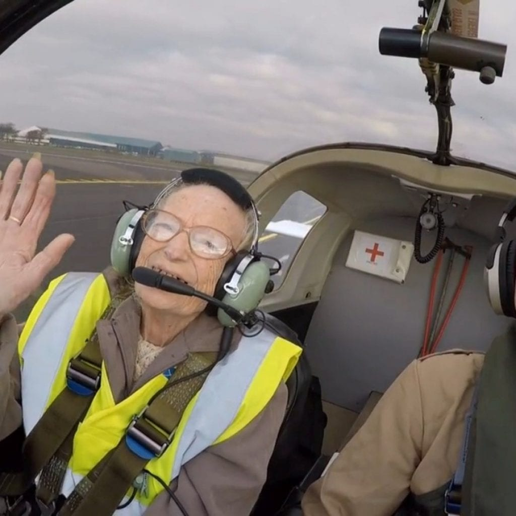 Great-Grandmother With Months To Live After Being Diagnosed With Terminal Cancer Flies In A Plane For The First And Last Time