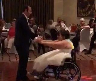 Tear-Jerking Moment Bride Who Can't Walk Enjoyed