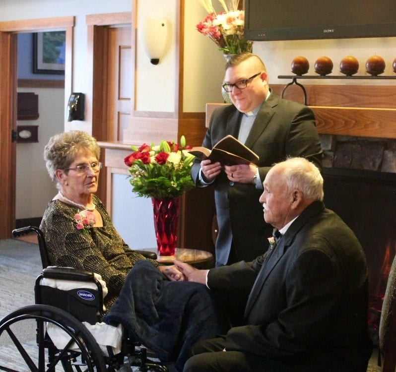 Lovebirds Aged 83 And 77 Finally Get Married After 35 YEARS Of Unwedded Bliss - So They Can Be