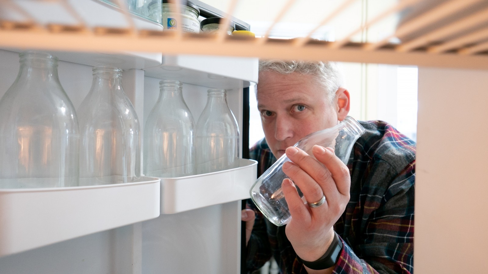 Man Who Switched To Milk Deliveries To Slash His Plastic Consumption Cancels His Subscription - After 50 Thefts Of Bottles From His Doorstep
