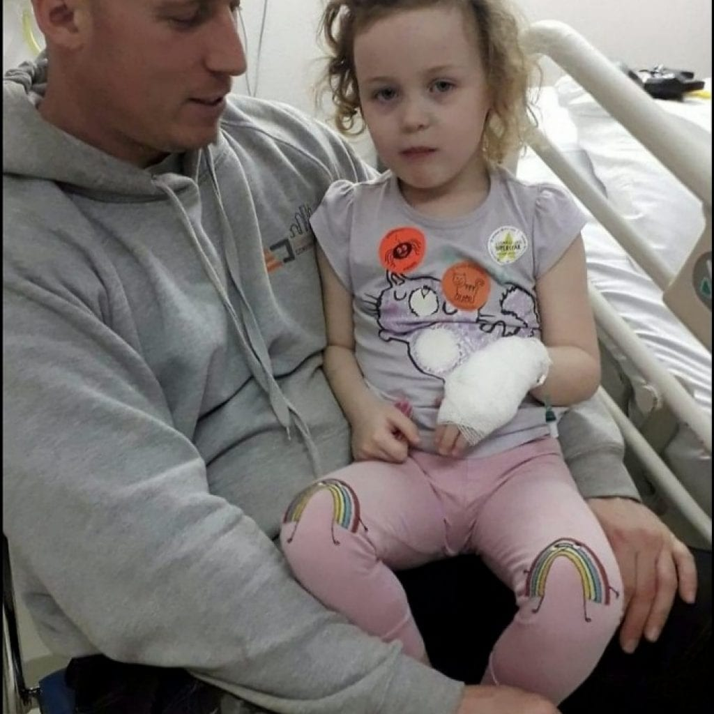 Four-Year-Old Girl Discharged From Hospital Three Times Left Screaming In Agony After Passing Large Kidney Stone At Home