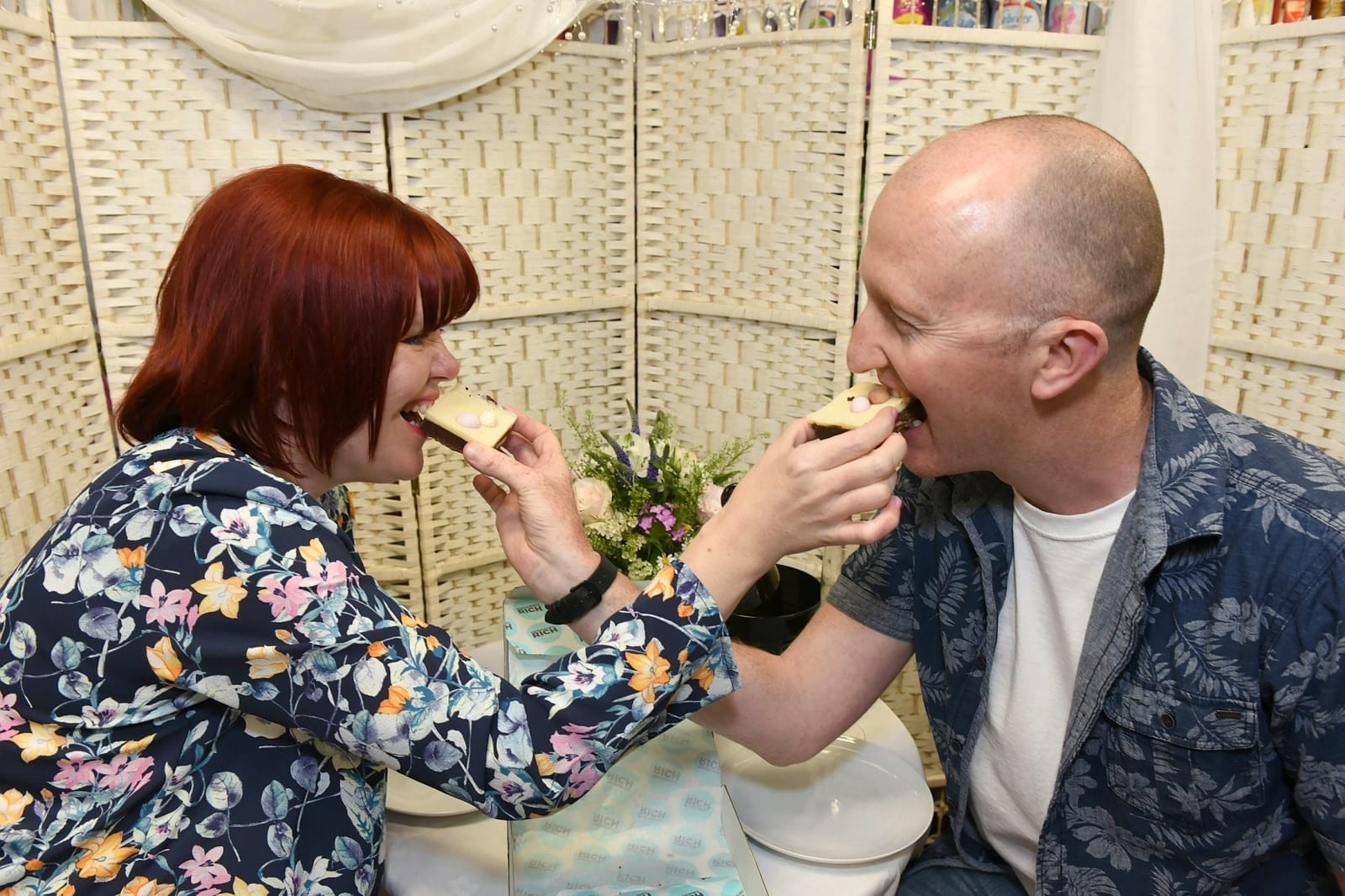 Husband Treated His Wife To A 'Spar Day' On Their Anniversary – A Posh Meal In The SHOP Where They Met