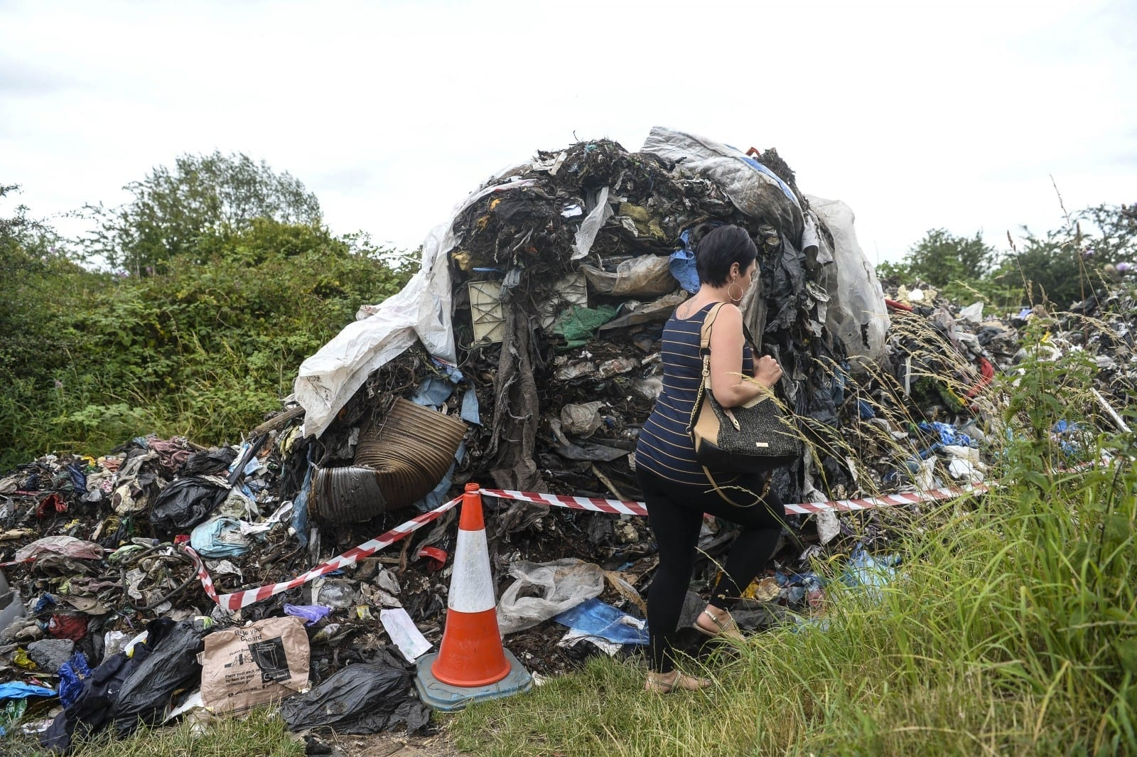 """Furious Residents Have Slammed """"Disgusting"""" Fly-Tippers Who Dumped Pile Of Rubbish Down A Public Pathway – Which Is 50 FEET Long"""