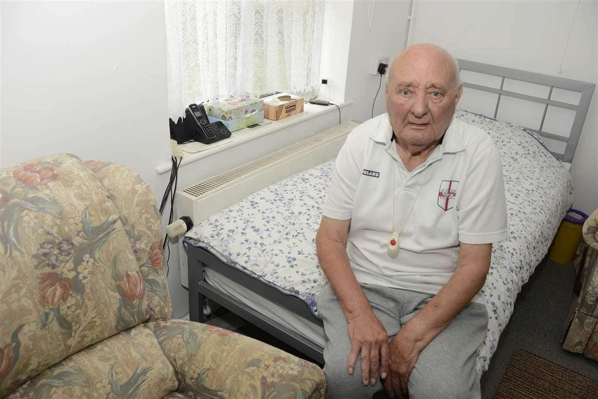 Vulnerable Pensioner Fears He Will Freeze To Death This Winter – Because The Housing Authority Have Left Him Without Heating For Almost A Year