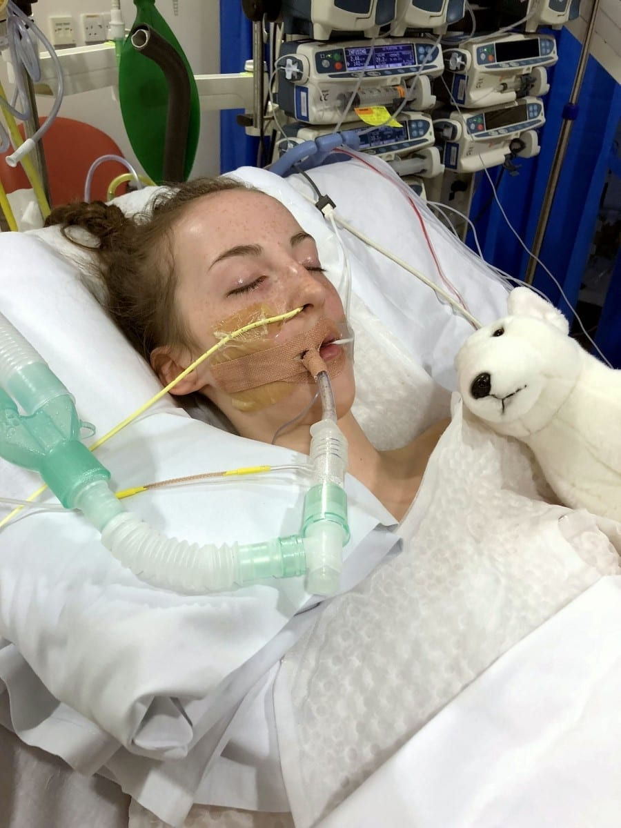 A 14-Year-Old Died After She Caught One-In-A-Million Fungal Infection - By Breathing In Mould