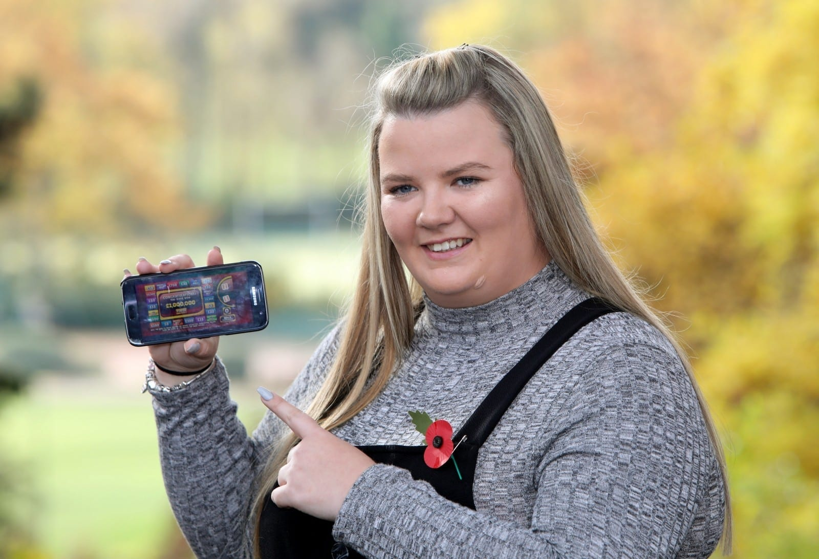"""We Just Sat There Crying Then Laughing, Then Crying Again!"" – Woman Bored On Caravan Holiday Wins £1m With  First Go On Online Lotto Game"