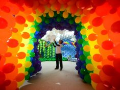 Couple Blow Savings On Spectacular Easter Wonderland Made From More Than 20,000 Balloons