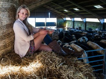 Real Country Girl Who Mucks Out Cows For A Living Wins National Beauty Contest