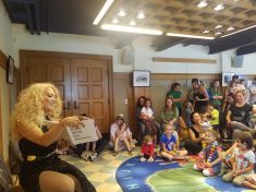 New Scheme Will See Drag Queens Visiting British Schools To Read Stories To Kids In New LGBT Awareness Drive