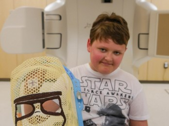 Star Wars superfan given a Storm Trooper radiotherapy mask to help him beat brain tumour