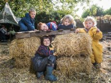 Toy-Free Nursery Where Kids Are Kept Outside In All Weathers Is Named Britain's Best Nursery
