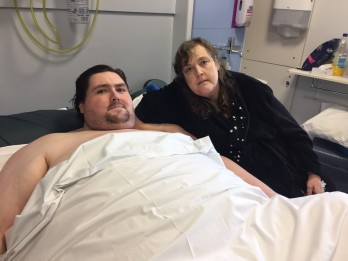 Terminally Ill 42 Stone Man Told He Can't Go Home To Die Becuase His House Is Too Small