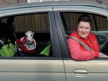 Animal Loving Couple Start Taxi Service For Pets