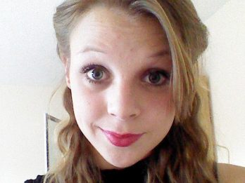 21-Year-Old Dies From Bloody Clot After Reaction With Cotraceptive Pill
